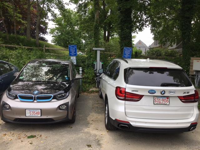 EV-Charging-Cars